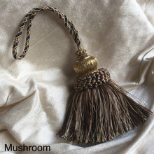 French Key Tassle