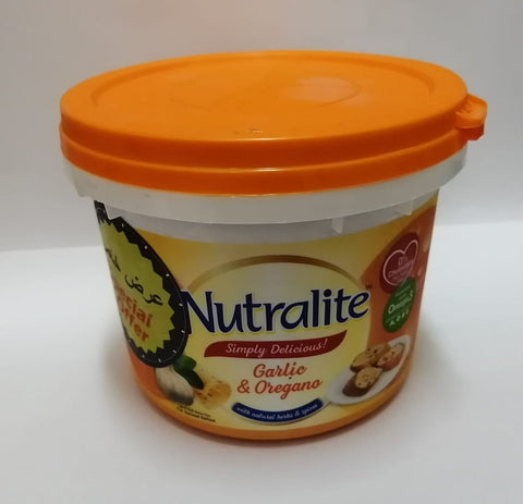 Nutralite Fat Spread - Garlic and Oregano, 500g Tub