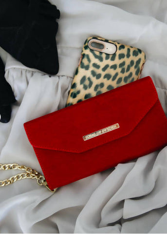 RED Velvet Mayfair Clutch iPhone bag from Ideal of Sweden