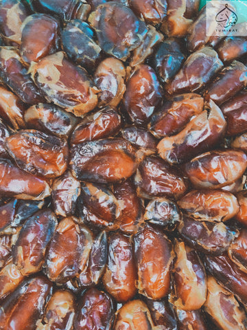 Exquisite Khalas Dates 10 Kg - MarkeetEx