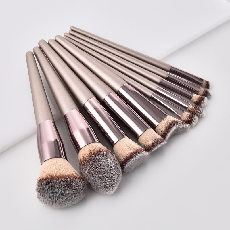 1pc Makeup Brush