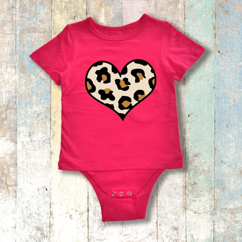 Gtube Adaptive Clothing - Leopard Heart Short Sleeve (Cerise Pink)