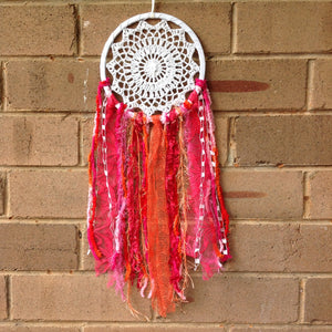 Dreamcatcher Boho Crochet Red Pink Orange 16cm