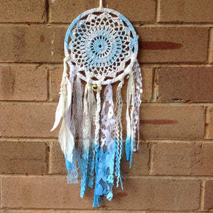 Dreamcatcher Boho Hand Dyed Blue and White Crochet 16cm