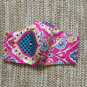 KIDS FACE MASK Triple Layer with Pocket Pink Paisley
