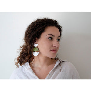 Load image into Gallery viewer, Azadeh Olive & White Earrings Sally