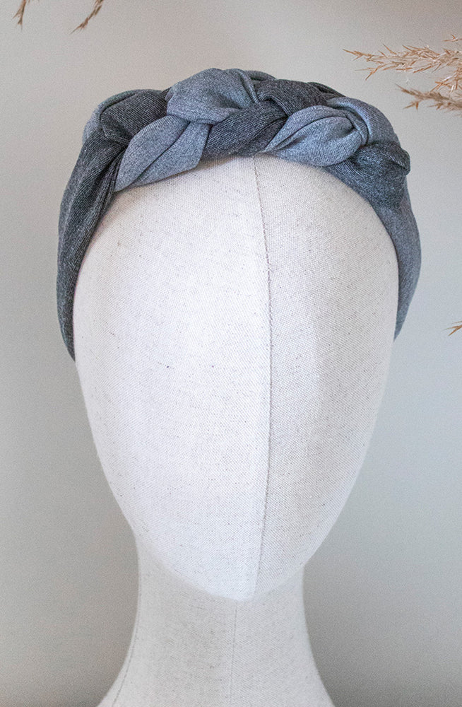 cloth label Light and dark grey celtic knot headband on mannequin