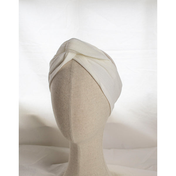 Coffee & Cloth Off White Headband Lino in cotton fabric on mannequine head