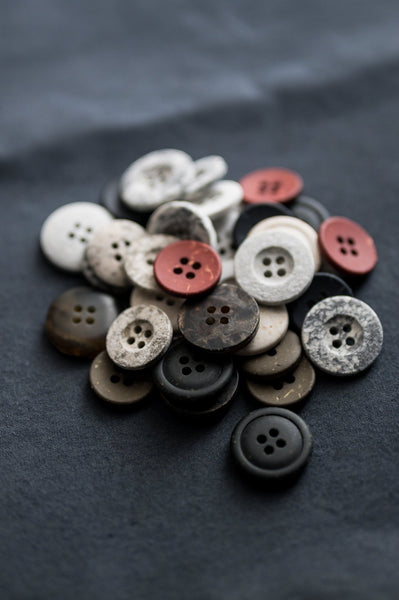 Grey & White Resin Cotton Button 18mm
