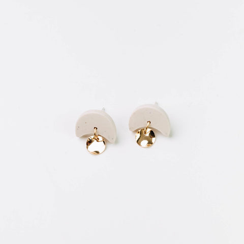 Pepper You Mini Annabelle Earrings in Oat