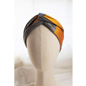 Load image into Gallery viewer, Grey & Persimmon Headband Soleluna in silk & jersey fabric on mannequin head
