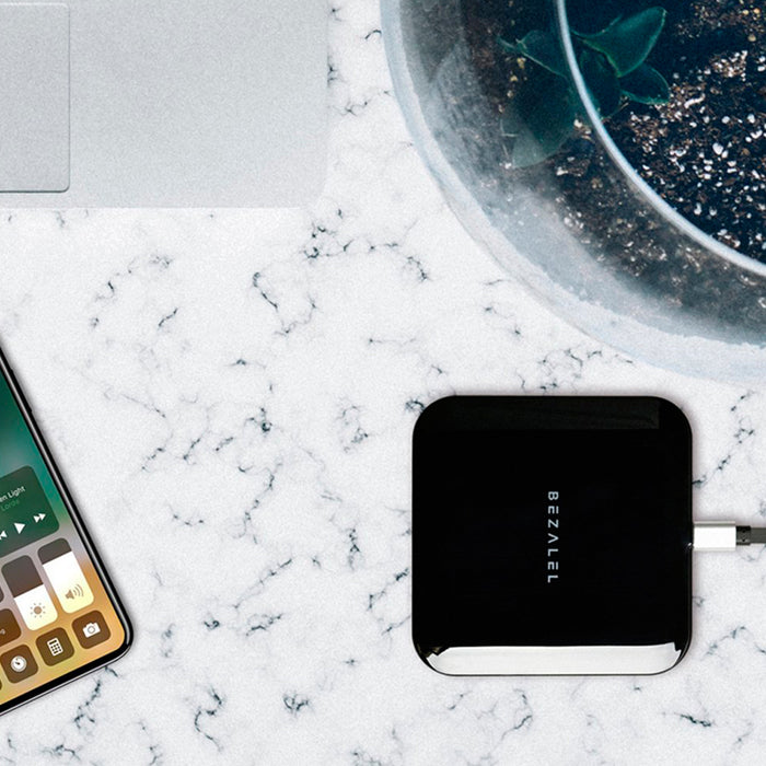 Bezalel Futura X Wireless Charging Pad