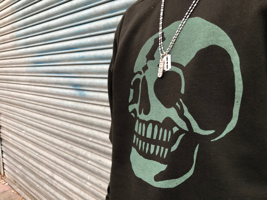 Glow in the dark skull - Sweater