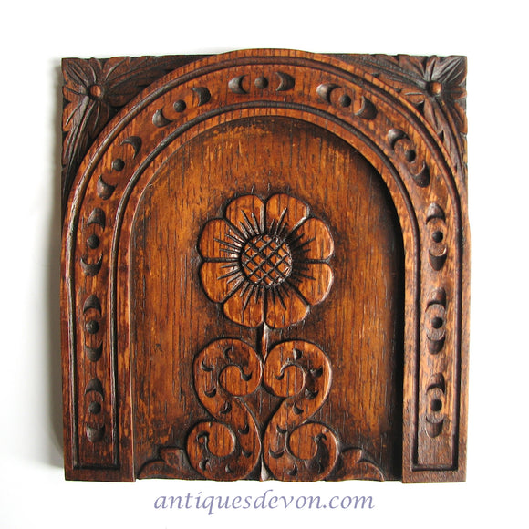 19th c. Antique Hand Carved Victorian Wood from old English Church Pew