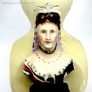 1910 Queen Alexandra of Denmark wife of King Edward VII Pottery Vase