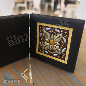 kinzjewels - Kinz Personalized Wooden Open Book Golden Brown