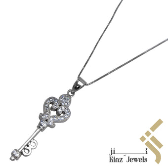 kinzjewels - Sterling Silver Vintage Key Cubic Zirconia Necklace