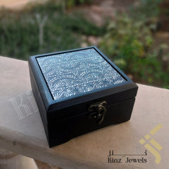 kinzjewels - Kinz Personalized Metallic Antique Pattern Wooden Box
