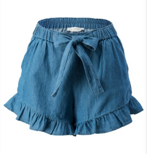 RUFFLED CHAMBRAY SHORTS