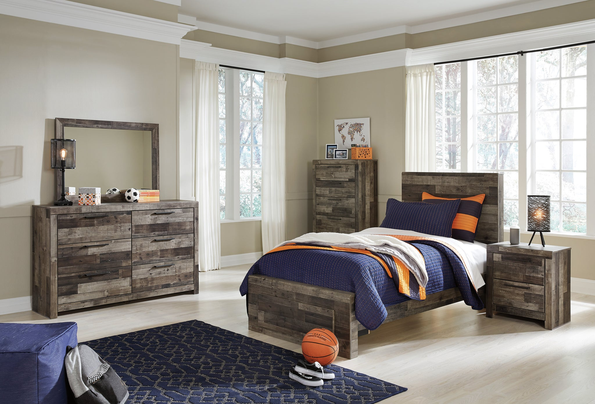 Derekson Panel Bedroom Set B200