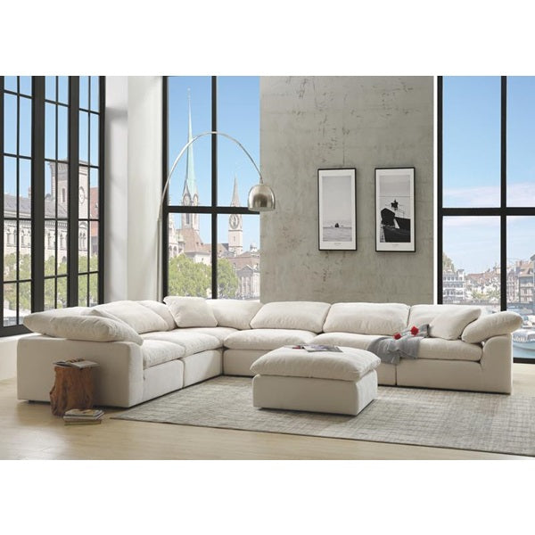 Naveen Sectional