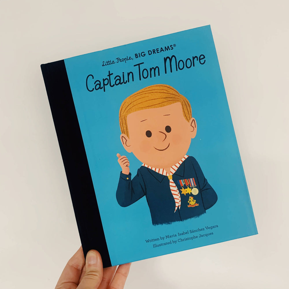 Little PeopleBig Dreams : Captain Tom Moore