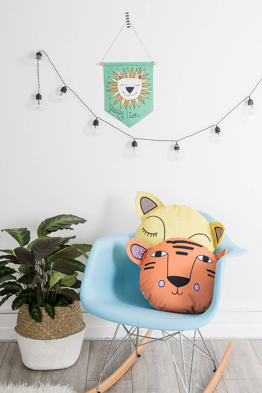 Sleeping Lion Jungle Flag
