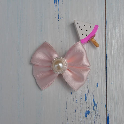 Light Pink Pearl Bow Hairclip