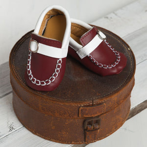 Smart Brown Shoes with White Band