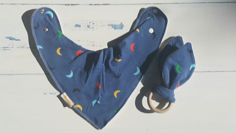 Moons Bib & Teething Ring Set