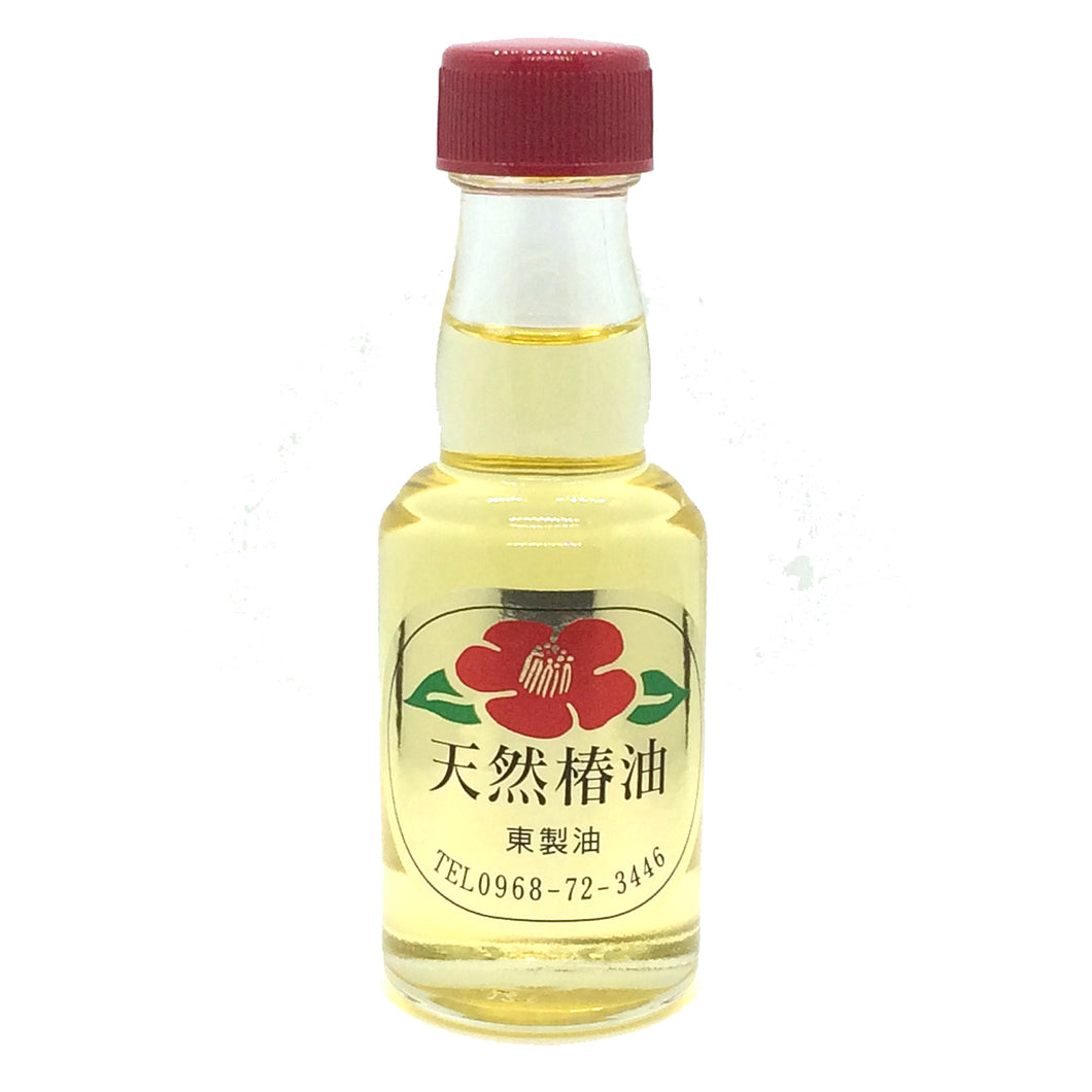 Japanese Camellia Seed Oil (Tsubaki Oil) | 100% Pure / Natural / Undiluted / Refined / Cold Pressed Carrier Oil. Rich antioxidant to revitalize and rejuvenate the hair, skin and nails. 46g