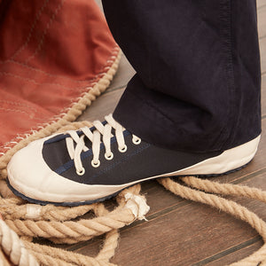 MARINE TYPE 2 DECK SHOE NAVY/ECRU