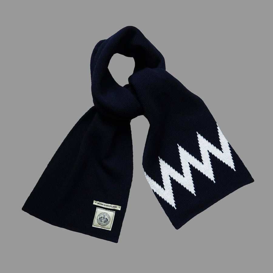 North Sea Clothing navy/ecru zigzag pattern scarf
