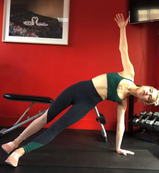 5 Minute Plank Series With Kit Keenan