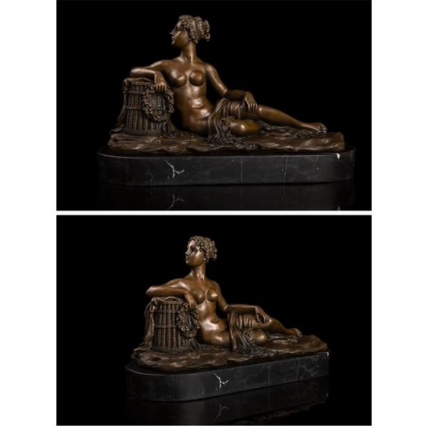 Antique Sitting Lady Sculpture Bronze Statue