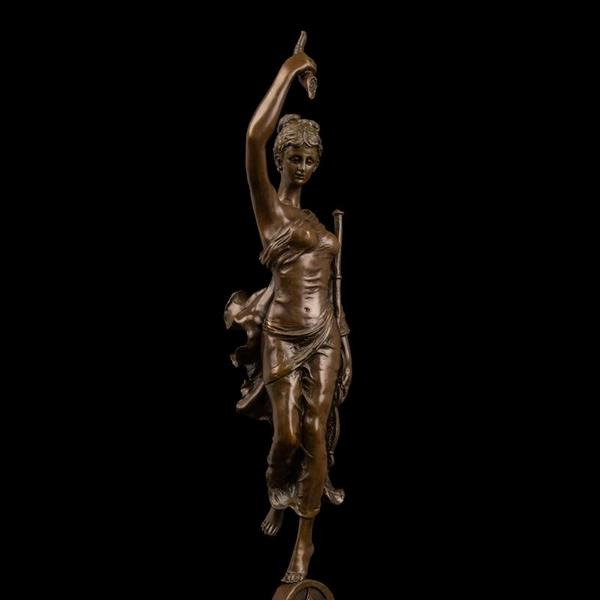 Copper & Bronze Modern Woman Sculpture Decorative Item for Living Room 1