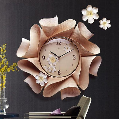Wonderful Luxury Resin Wall Clock for Home Decor