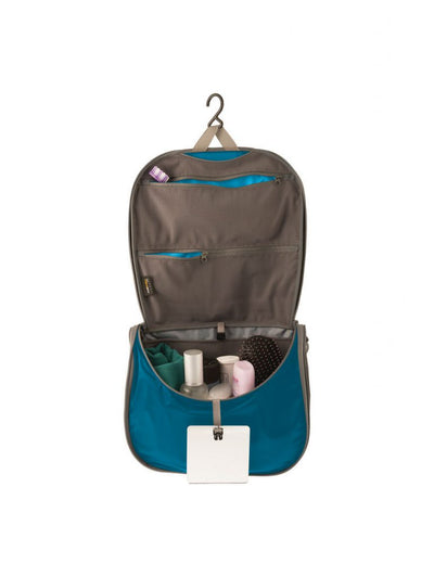 Hanging Toiletries Bag - Travelling Light