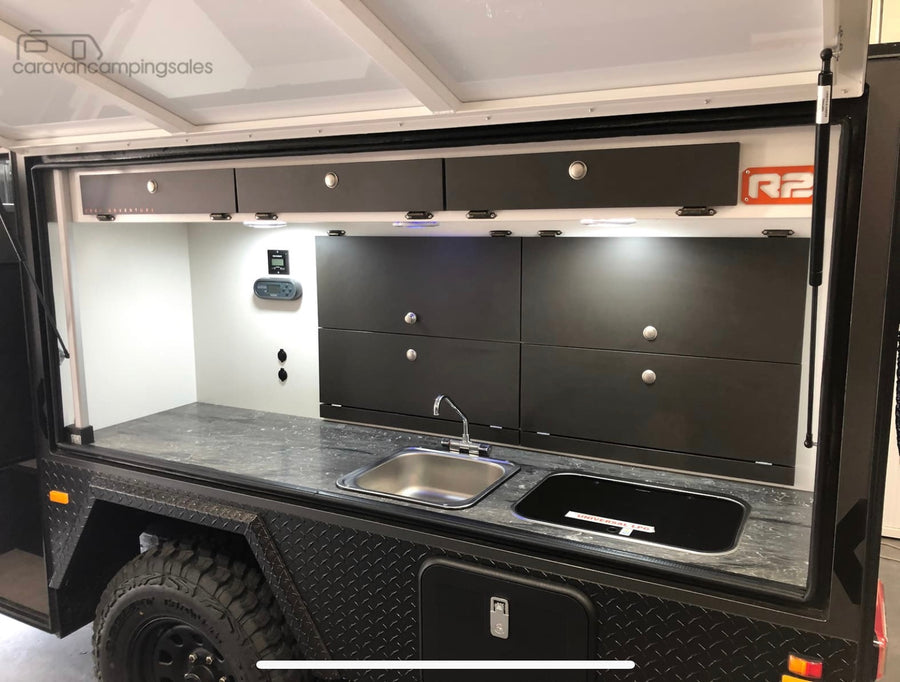 2019 Lifestyle Campers - Reconn R2 Ensuite
