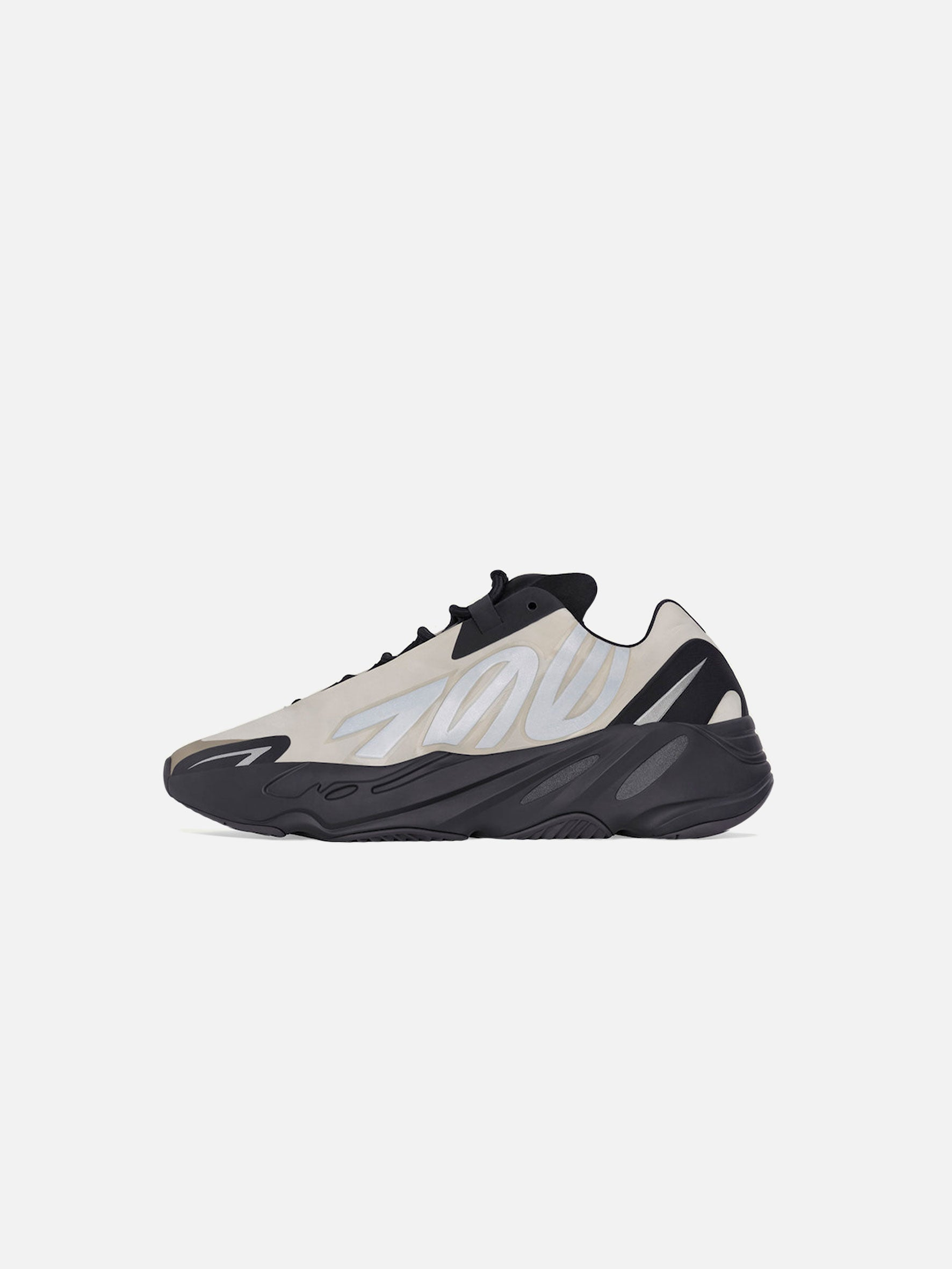 YEEZY Boost 700 MNVN Bone