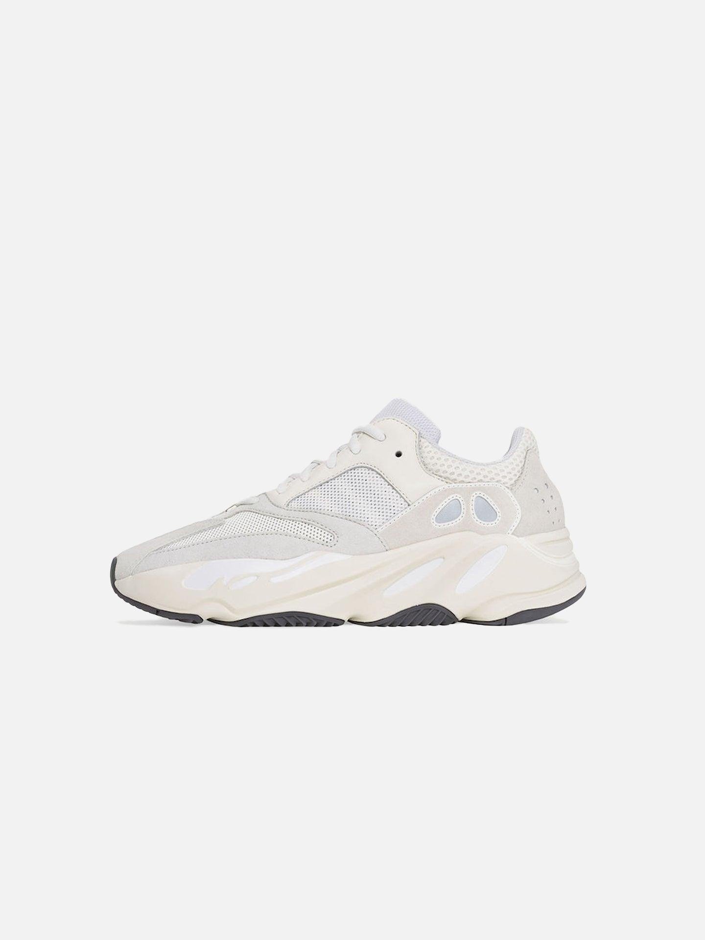 YEEZY BOOST 700: ANALOG (W)