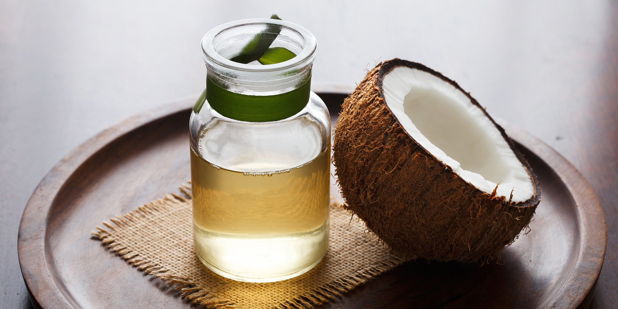 treat acne with coconut oil