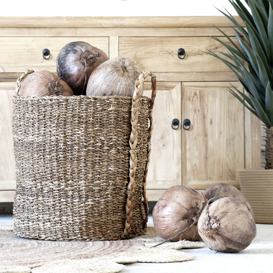 NATURAL COCONUT DECORATION - Village Stores