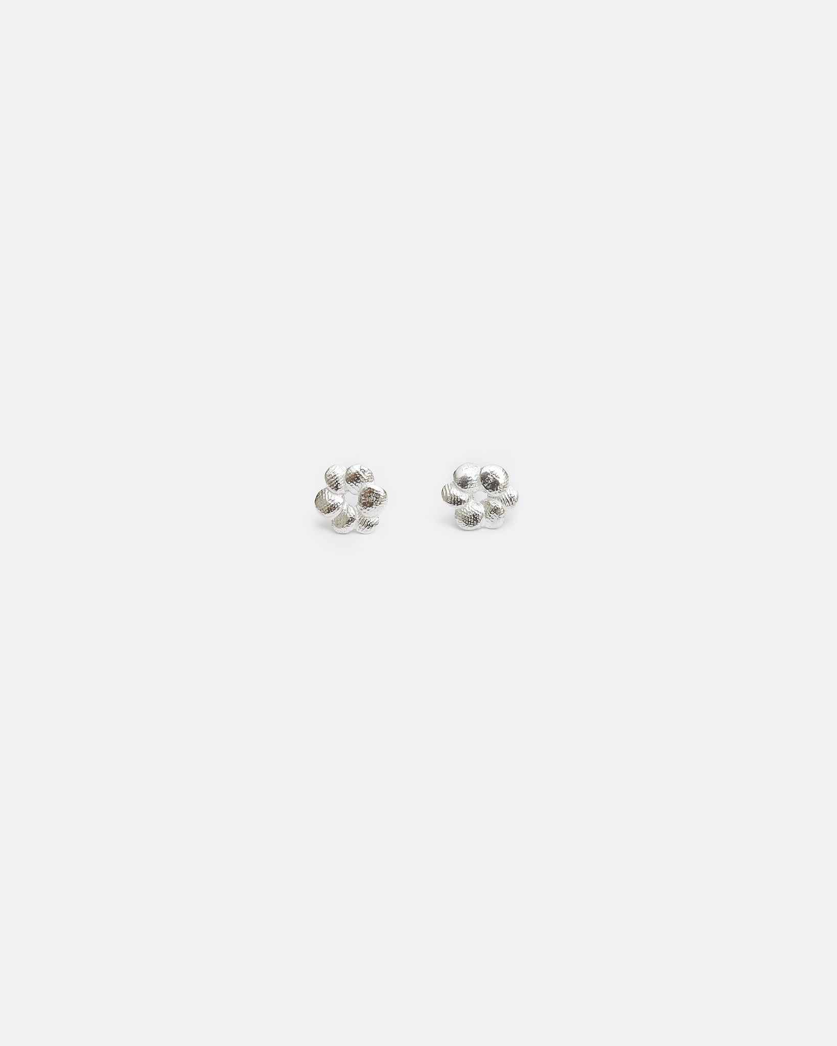 BLOOM STUDS - SILVER