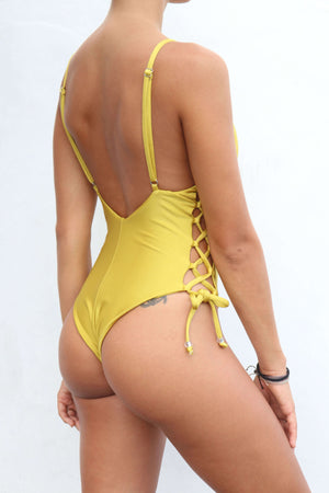 Silvie One Piece Yellow