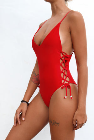 Silvie One Piece Red