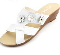 Pure Color Floral Decoration wedge fashion Sandals