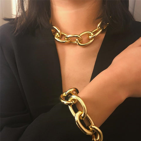 Designer Style Gold Alloy Link Chain Bracelet Matching Choker Necklace Set