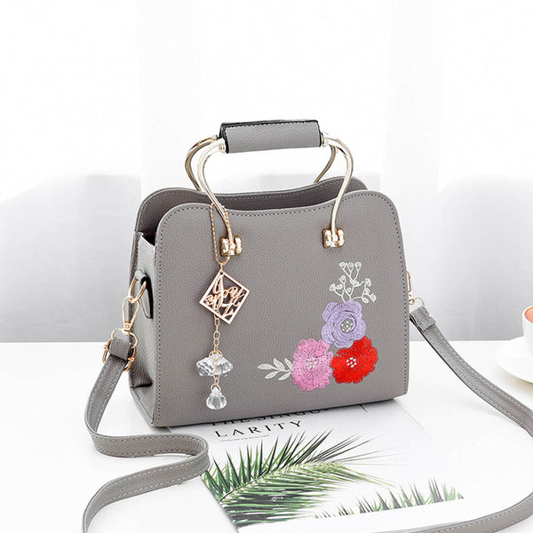 -Women's Fashion Floral Embroidered Vintage Handbag in 6 Colors