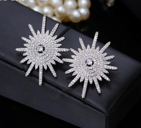 Designer Style Luxury Fashion CZ Silver Star Stud Earrings - ICU SEXY